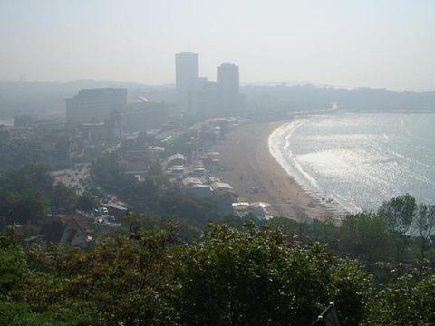 Циндао, Пляж в утренней дымке