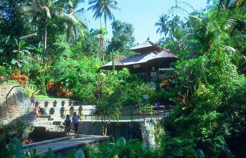 о. Бали, Горячие Источники
