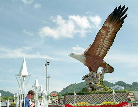 о. Лангкави - Остров Коричневого Орла